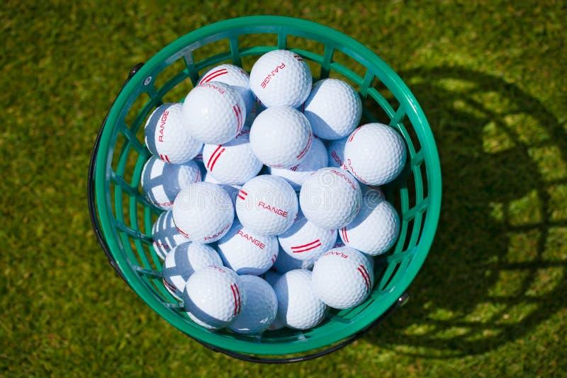 Piłki golfowej wiadro obrazy stock