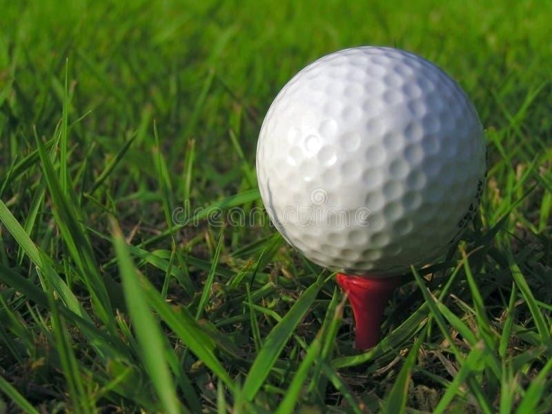 Download Piłka w golfa zdjęcie stock. Obraz złożonej z przejażdżka - 143492
