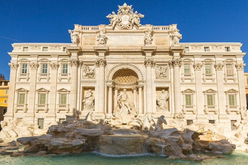 Pi?kna architektura Trevi fontanna w Rzym, W?ochy zdjęcia stock