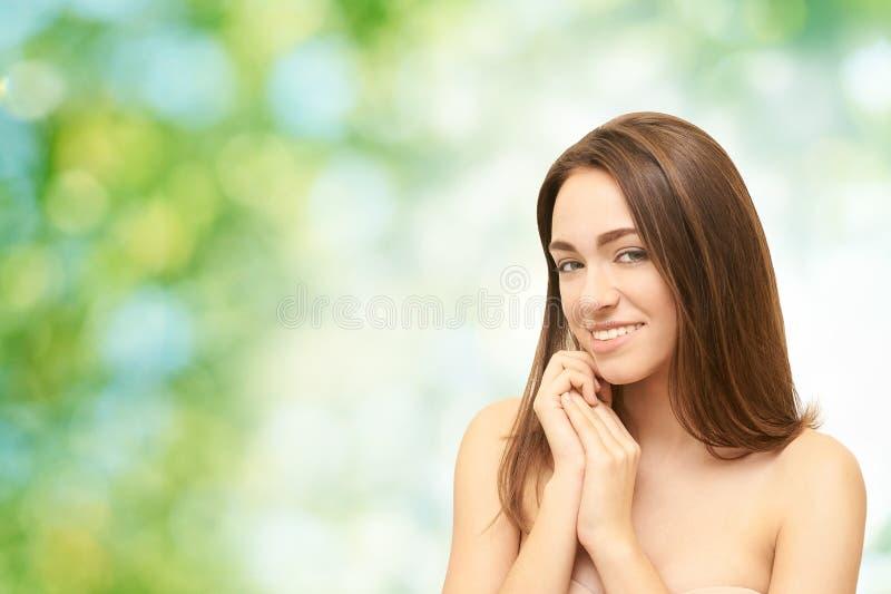 pi?kna coloful projekta element?w twarzy dziewczyny ilustracja Twarzowy medyczny zastrzyk Medycyny procedura Kosmetologia portret fotografia stock