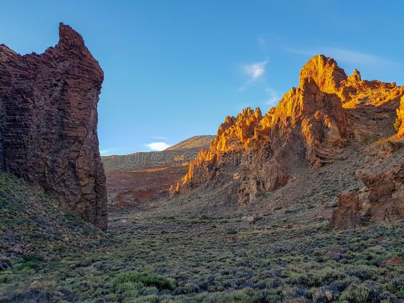 Pi?kna sceneria kaldera Teide wulkan w San Roques De Garcia, Tenerife Hiszpania zdjęcie stock