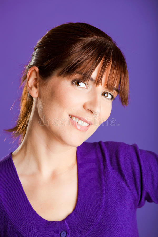 Download Piękna smilling kobieta zdjęcie stock. Obraz złożonej z portret - 13342944