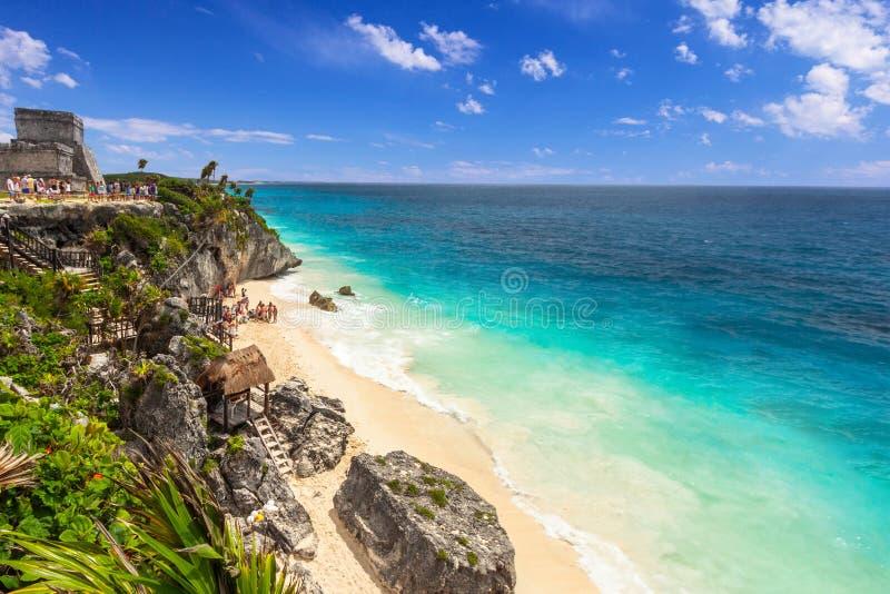 Pi?kna Tulum pla?a przy morzem karaibskim, Meksyk obraz royalty free