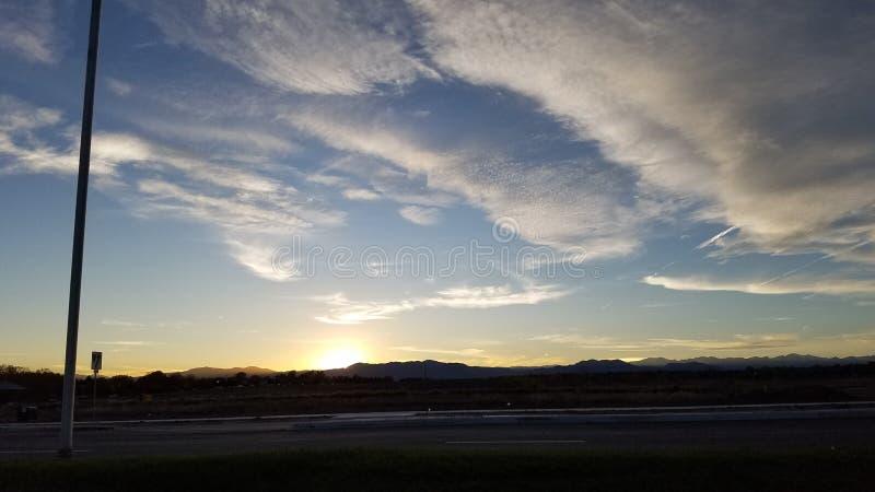 Download Piękne zdjęcie stock. Obraz złożonej z kny, pi, chmury - 106909462
