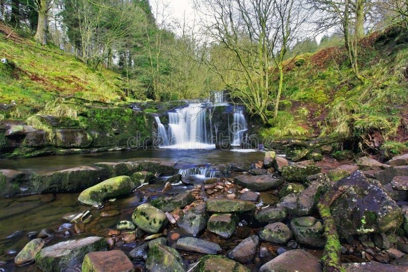 Download Piękne Kaskady, Afon Caerfanell Halna Rzeka, Blaen-y-Glyn Obraz Stock - Obraz złożonej z góra, pokojowy: 53779925