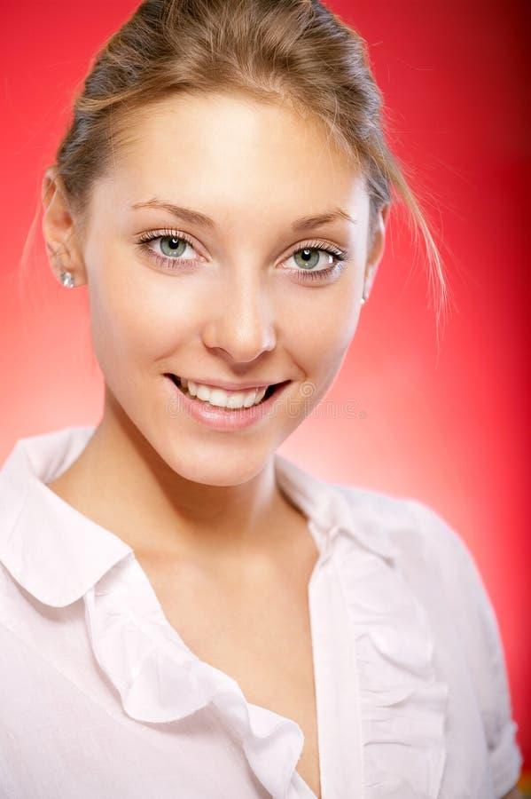 Download Piękni Portreta Kobiety Potomstwa Obraz Stock - Obraz złożonej z splendory, dorosły: 13334393