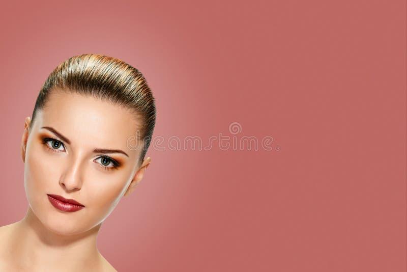 pi?kni twarzy kobiety potomstwa fotografia stock