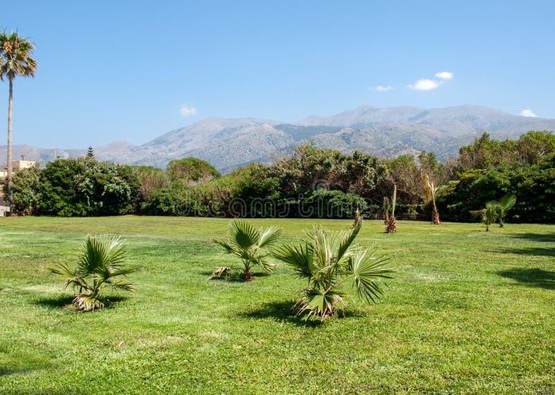 Pi?kny g?ra krajobraz Crete blisko Malia, Grecja zdjęcia stock
