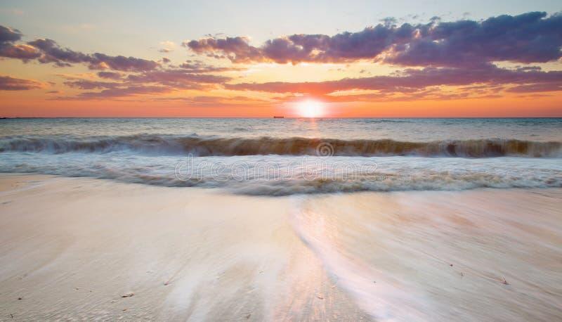 Download Piękny Seascape obraz stock. Obraz złożonej z kurort - 57658561