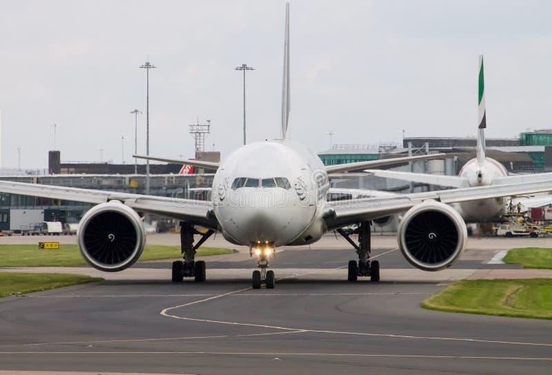 PIA Airlines Boeing 777 royaltyfria foton