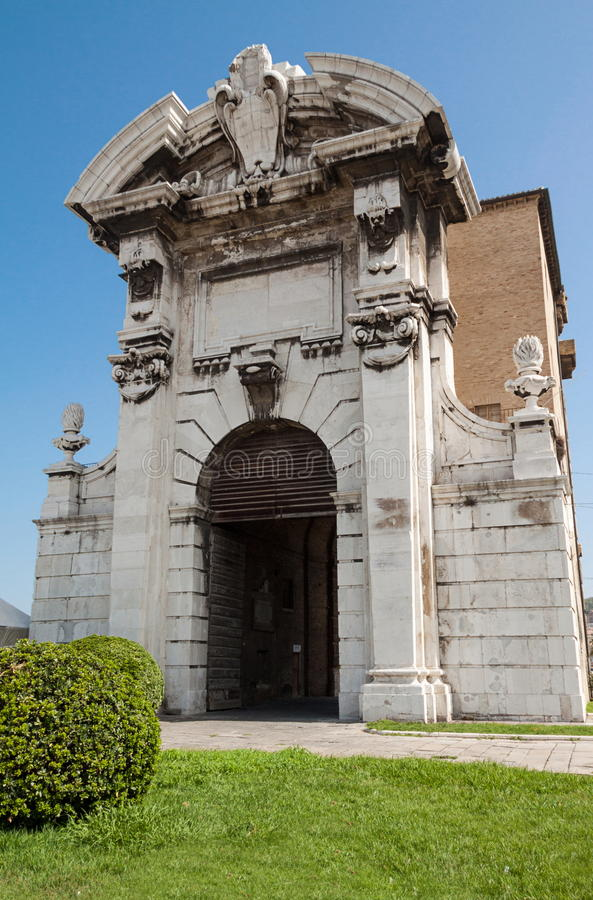 Pia de Porta à Ancona photo stock