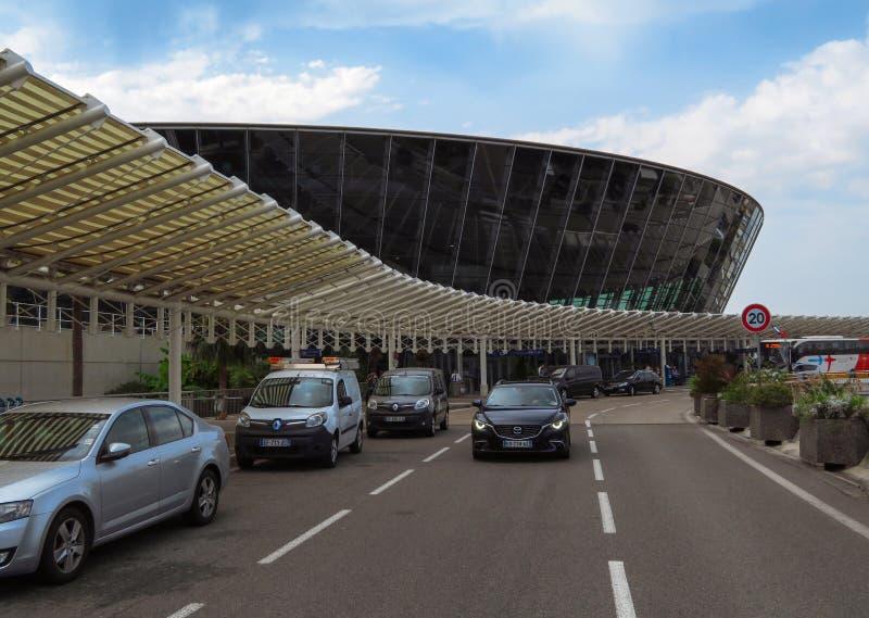 Piacevole - aeroporto del dAzur di Cote fotografia stock