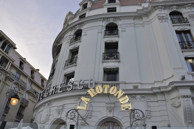 Piacevole, il 5 settembre: Monumento storico dal boulevard famoso di Promenade des Anglais in Metropola Nizza fotografia stock libera da diritti