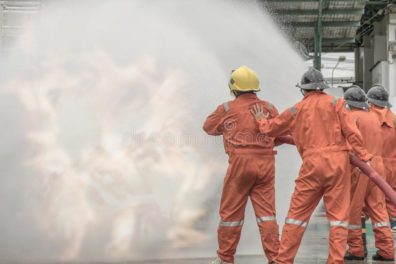 Piani di protezione contro l'incendio di pratica e di addestramento, stoccaggio di gas di GPL, agosto 29, 2018 immagine stock libera da diritti