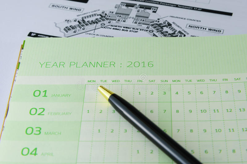 Pianificatore annuale del calendario murale per 2016 immagine stock libera da diritti