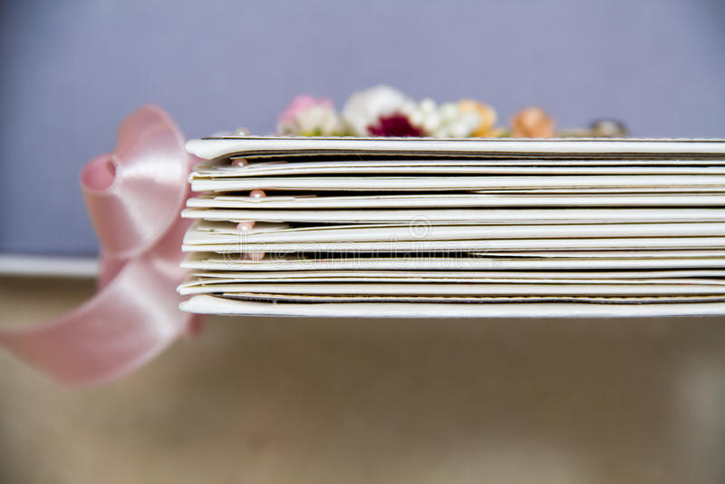 Pianificatore di nozze dell'album di ritagli immagine stock libera da diritti