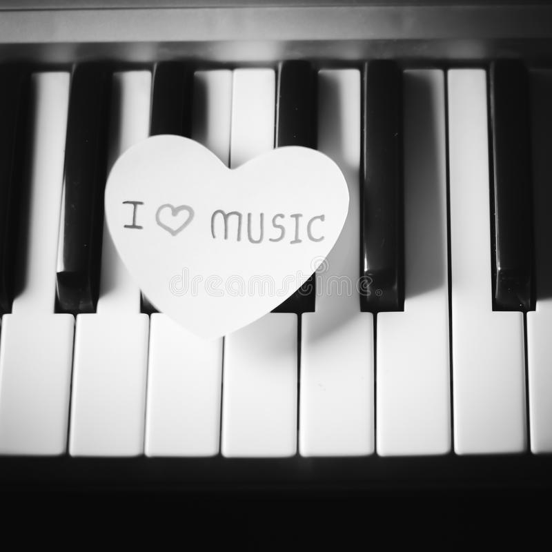 Pianino i kierowy czarny i biały koloru brzmienia styl obrazy royalty free