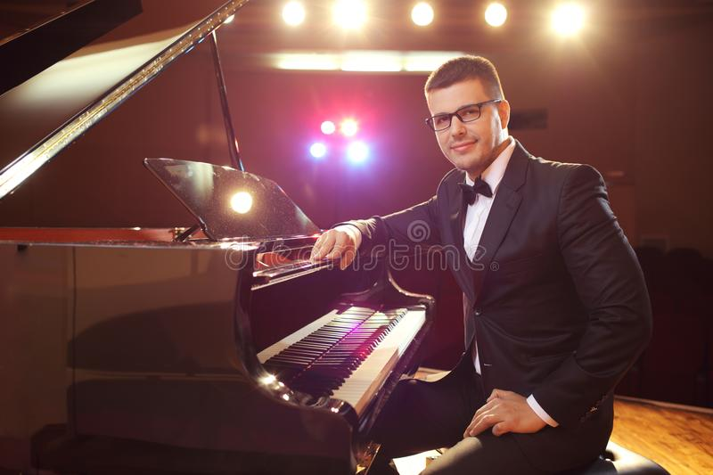 pianist royaltyfria foton