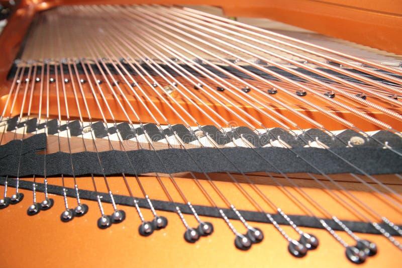 Piano à l'intérieur image stock