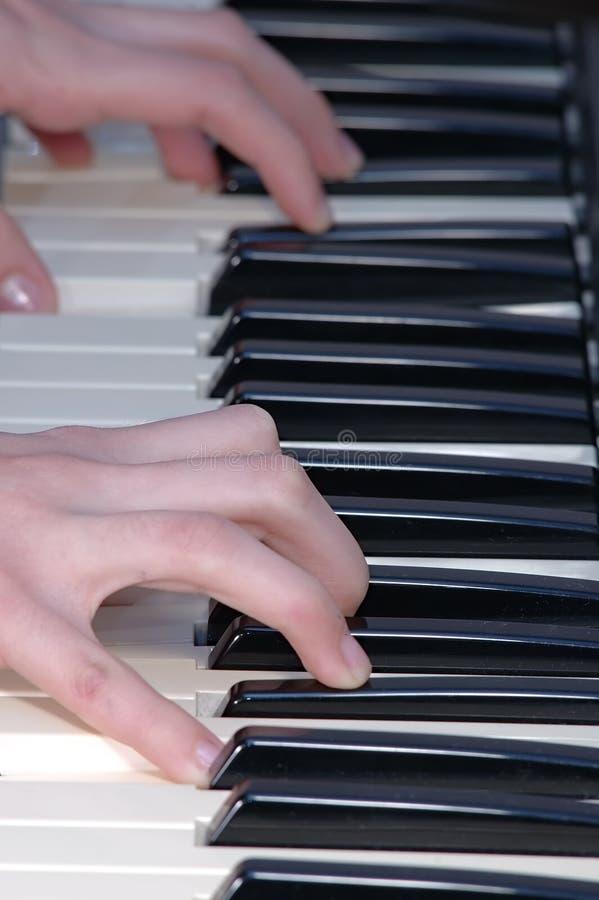 Piano foto de archivo libre de regalías