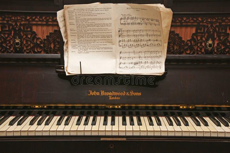 piano de los años 30 fotografía de archivo libre de regalías