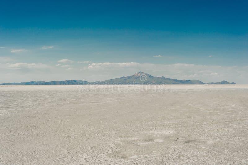 Piano del sale di Uyuni - Salar de Uyuni - pi? grande piano del sale del mondo immagini stock