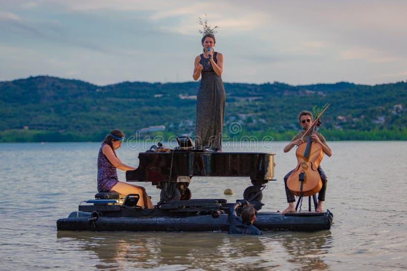 12/07/2019 piano du lac Barasona fotos de archivo libres de regalías