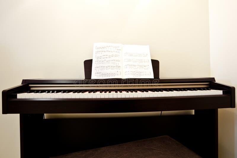 Piano en sitio fotos de archivo libres de regalías