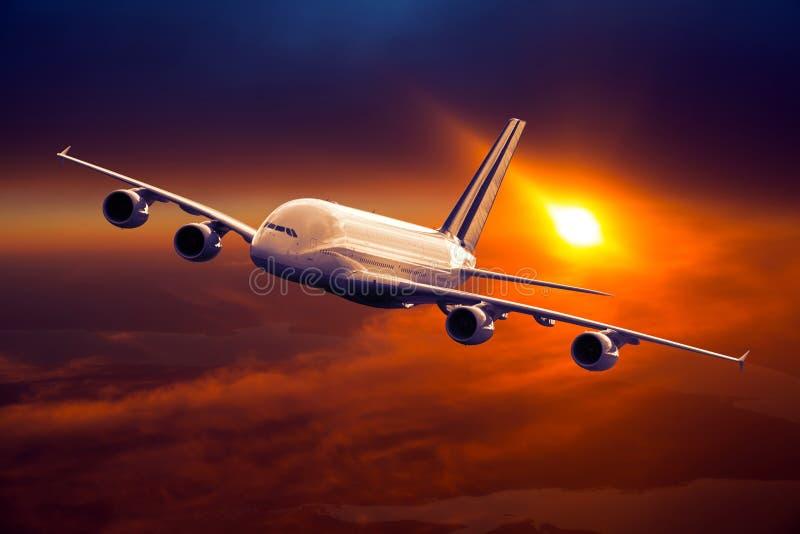 Piano esteso civile del corpo in volo Livello volante degli aerei immagini stock