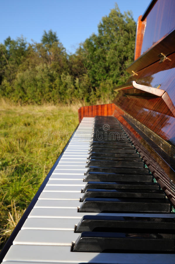 Download The Piano Outdoors. Royalty Free Stock Image - Image: 22916956