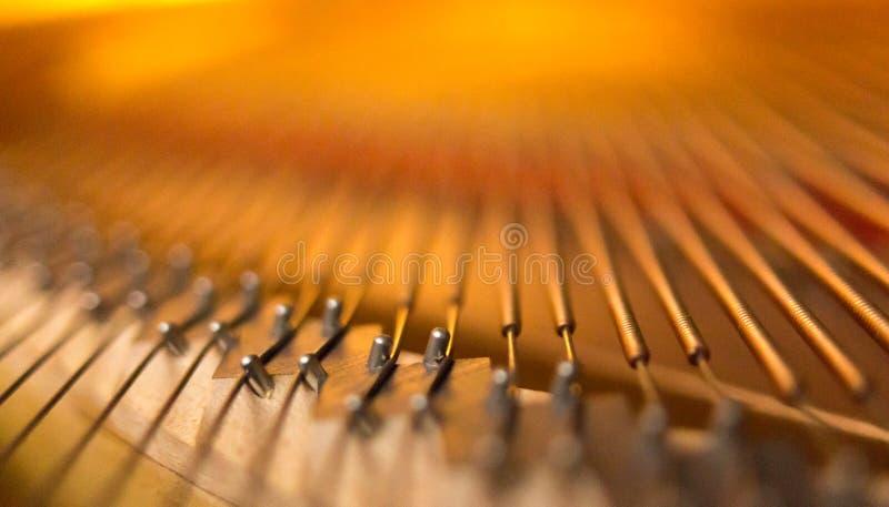 Pianobro och radcloseup fotografering för bildbyråer