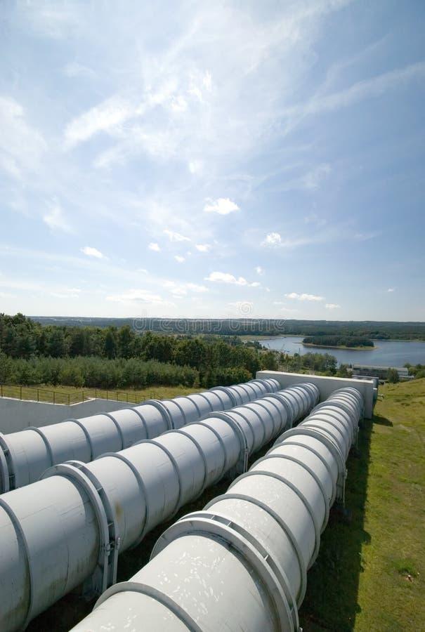 Pianta di energia idroelettrica. immagine stock