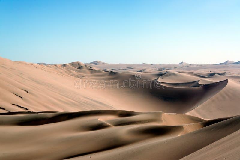 Piasek diuny pustyni krajobraz zdjęcia royalty free