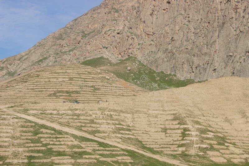 Download Piasek góry zdjęcie stock. Obraz złożonej z zaciemnia - 57661546