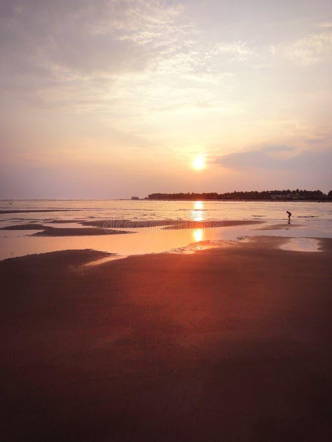 Piasek, plażowy zmierzch zdjęcia stock