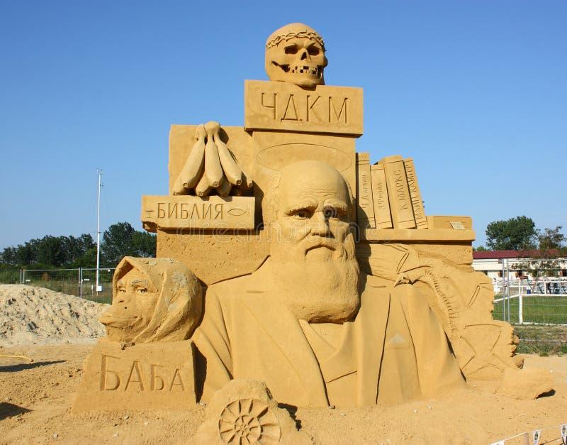 Piasek rzeźba Charles Darwin obrazy stock