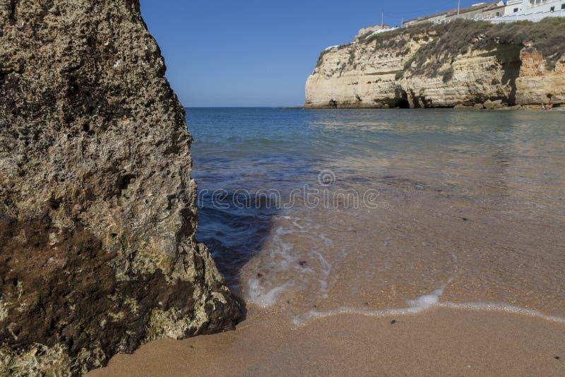 Piaska turysty plaża pogodna zdjęcia royalty free