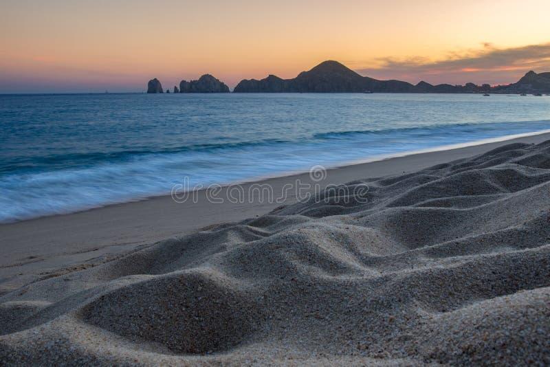 Piaskowatej plaży zmierzch obraz stock
