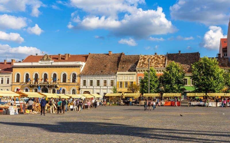 Piata Unirii (Union Square) in cluj-Napoca stock afbeeldingen