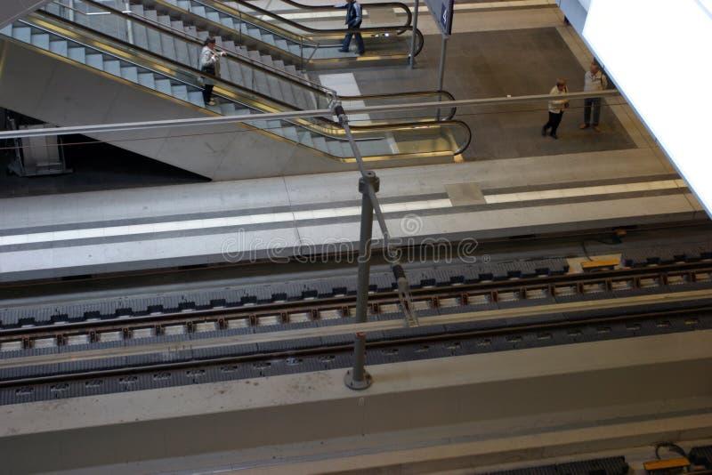 Piattaforma del treno immagini stock