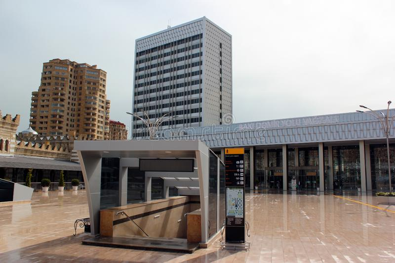 Piattaforma di Baku Central Railway Station a Bacu, Azerbaigian immagine stock