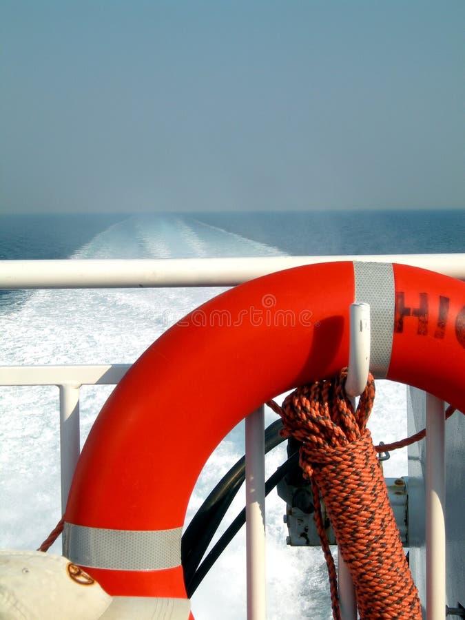 Piattaforma di barca con il risparmiatore di vita fotografia stock libera da diritti