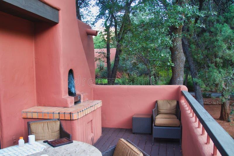 Piattaforma di Casita alla località di soggiorno di incanto vicino a Sedona fotografia stock libera da diritti