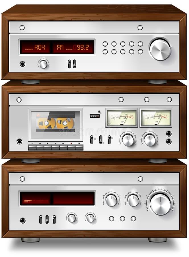 Piattaforma di cassetta compatta stereo di musica analogica audio con l'amplificatore a illustrazione di stock