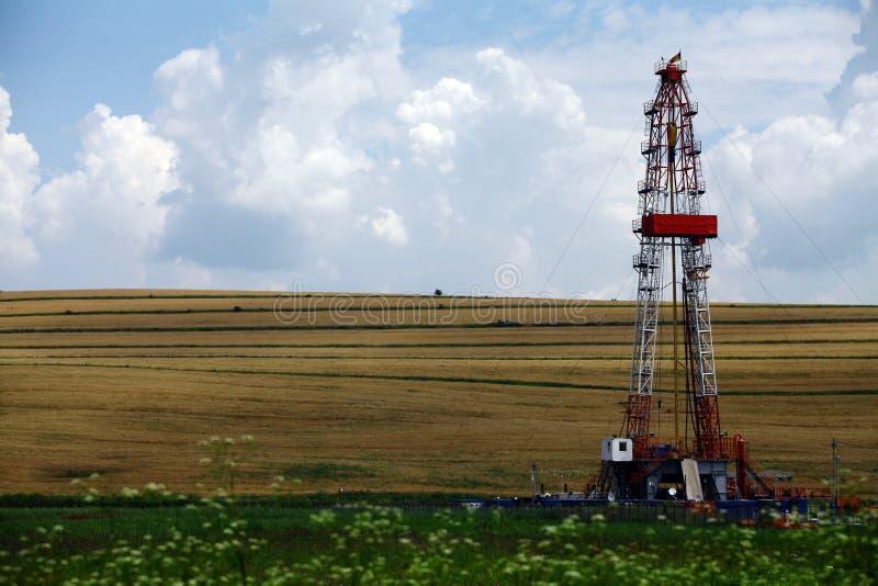 Piattaforma di produzione del gas dello scisto immagine stock
