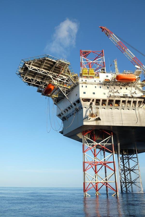 Piattaforma offshore della costruzione fotografie stock