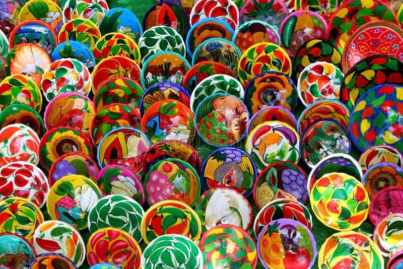 Piatti messicani a mano decorati fotografia stock libera da diritti