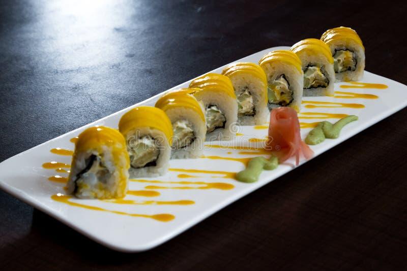 Piatto appena preparato dei sushi immagine stock