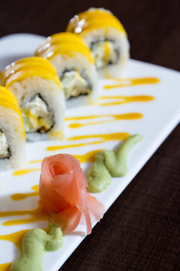 Piatto appena preparato dei sushi fotografia stock