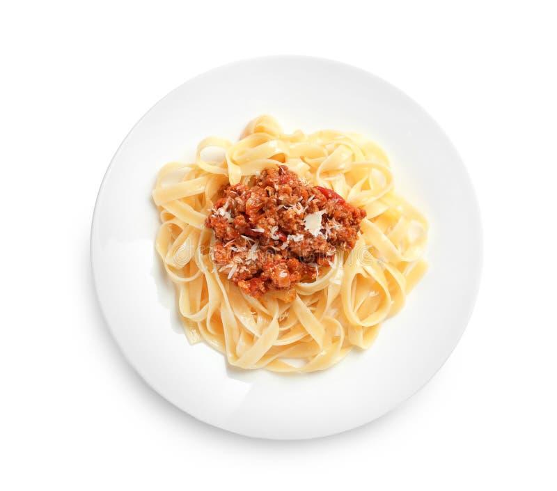 Piatto con pasta deliziosa bolognese fotografia stock libera da diritti